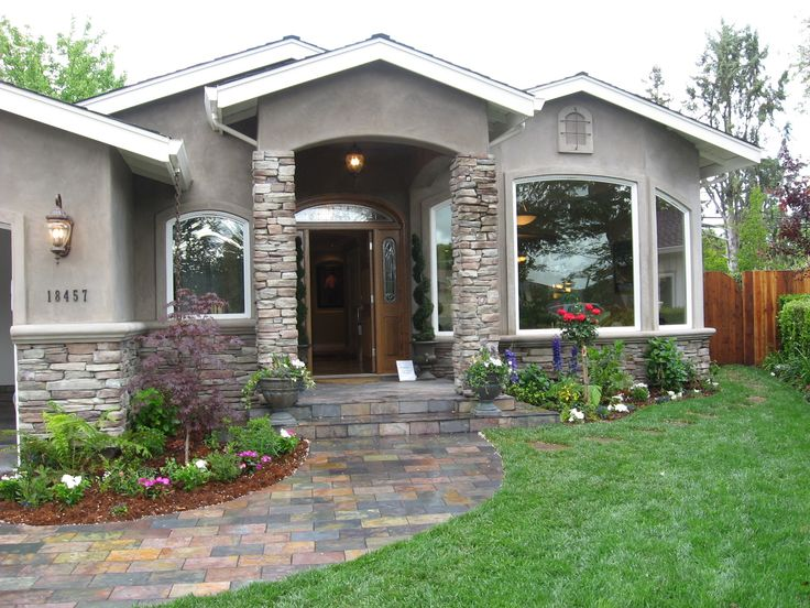 Best 10 stucco exterior ideas on pinterest white stucco for Stucco homes with stone accents