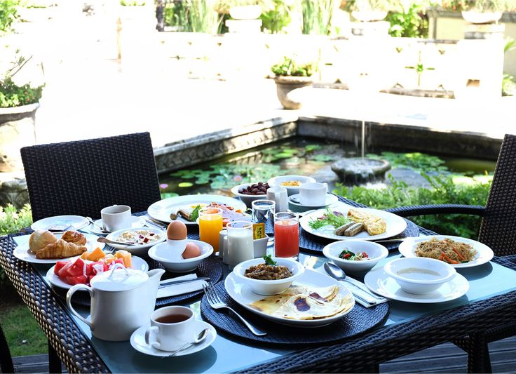 A hearty and healthy breakfast in #TheTanjungBenoa #Beach #Resort makes Friday mornings better.  www.benoaresort.com  #thetanjungbenoa #thetanjungbenoabeachresortbali #TheTAOBali #bali