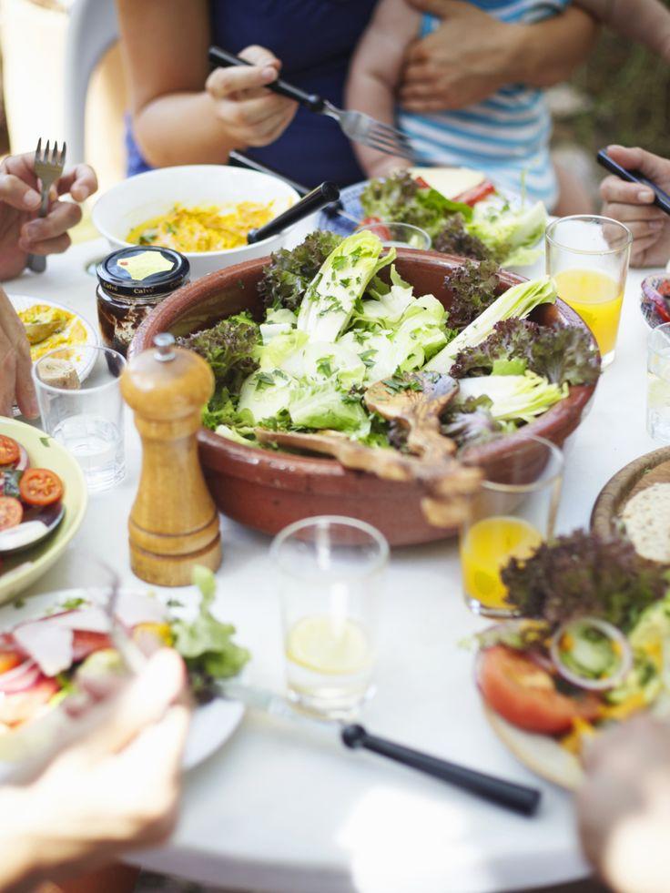 Dieta, i cibi brucia grassi per dimagrire mangiando