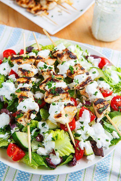 Türk yemekleriyle birebir aynı yemekleri bile olan Yunanistan'da Sauvlaki oldukça meşhur bir yemek. #Maximiles #gurme #gurmeseyahati #food #yemek #yemekler #seyahatrehberi #lezzetliyemekler #farklılezzetler
