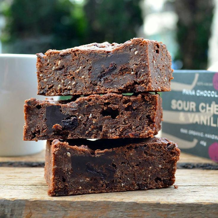 Vegan Brownie, dessert, free from dairy and gluten! At Broad Bean Organic Grocers, Southbank, Melbourne