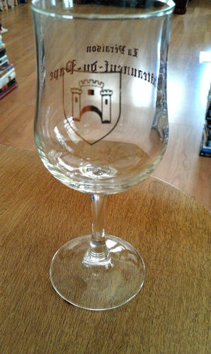 Chateauneuf du Pape highly collectible Vintage champagne stem glass vintage rare