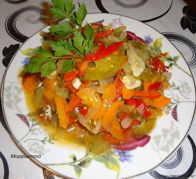 Салат из зеленых помидор с морковкой