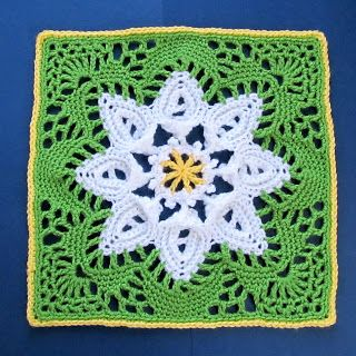 This is the prettiest daisy flower square ever! The colors are so fresh and…
