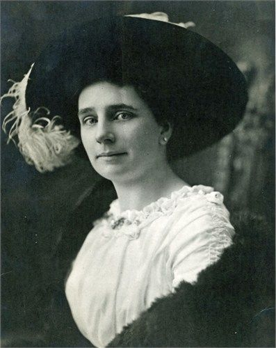 Marie Barbara Hullar 1912 Aged 30