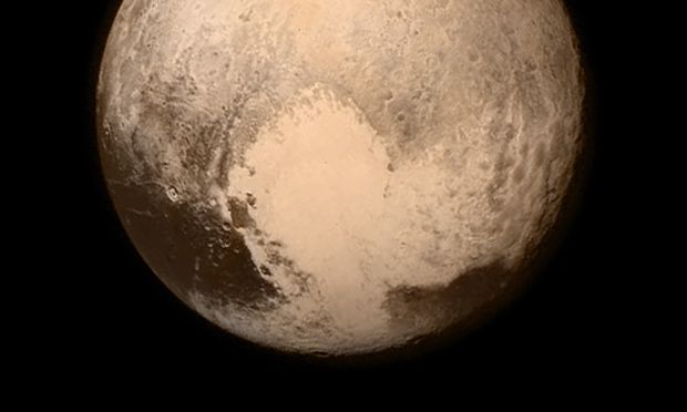 Pluto flyby: Nasa's New Horizons probe sends signal to Earth – as it happened   Science   The Guardian