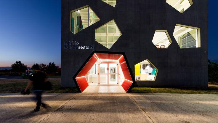 Gallery of Experimenta 21 Tower / MORINI Arquitectos - 3