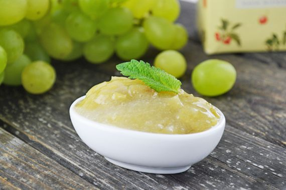 Trauben pur heisst es jetzt. Das Rezept für Traubenmarmelade kommt da wie gerufen, wenn man die süssen Früchte haltbar machen möchte.