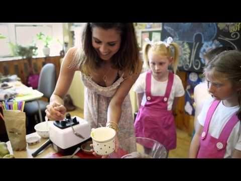 Video: RAW krupicová kaše pro děti - Love of Raw