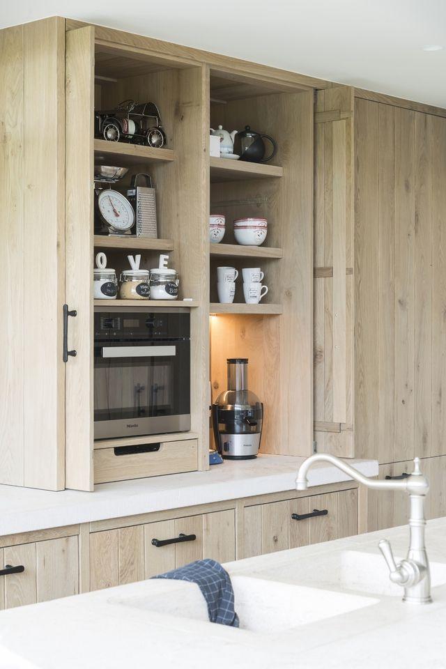 Fonkelnieuw Moderne licht eiken keuken met traditionele accenten - Eiken TS-99