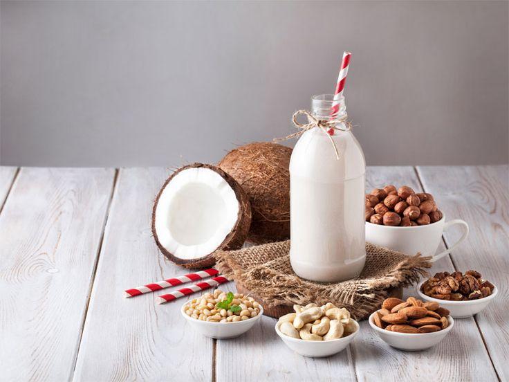 5 najlepszych mlek roślinnych