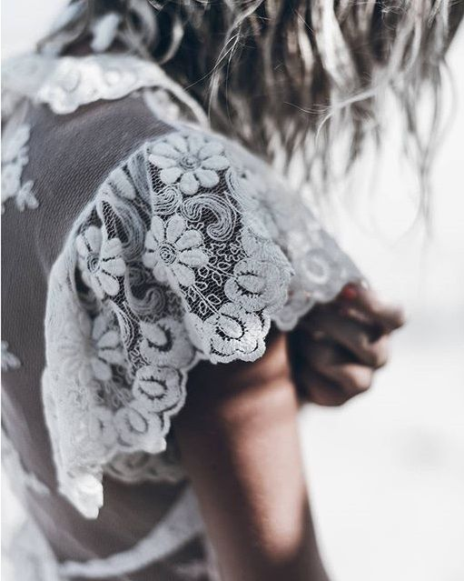Lace shoulder details