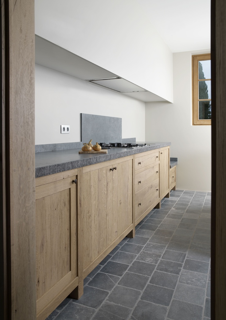Kitchen by #Cousaert Wish you'd come to New Zealand to build kitchens!