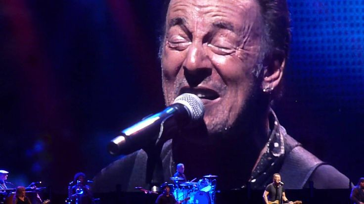 Streets of Fire (Tour debut), Bruce Springsteen, live in Milan 05.07.2016