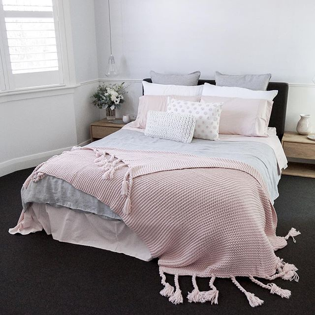 fabulous grey pink bedroom decorating ideas | Bedroom styling featuring a soft pink and grey palette ...