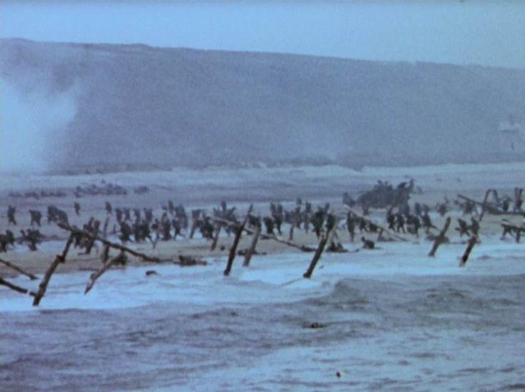 """Mit zwei Filmteams begleitete die amerikanische """"Special Coverage Unit"""" am 6. Juni 1944 die Landung in der Normandie. Während Regielegende John Ford am Omaha Beach an Land ging, ..."""