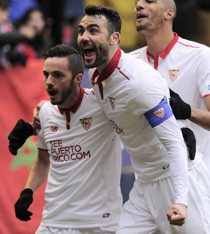 @Sevilla Gran partido de Vicente #Iborra en el campo del Osasuna para remontar y seguir la estela del líder de #LaLiga #VamosMiSevilla #9ine