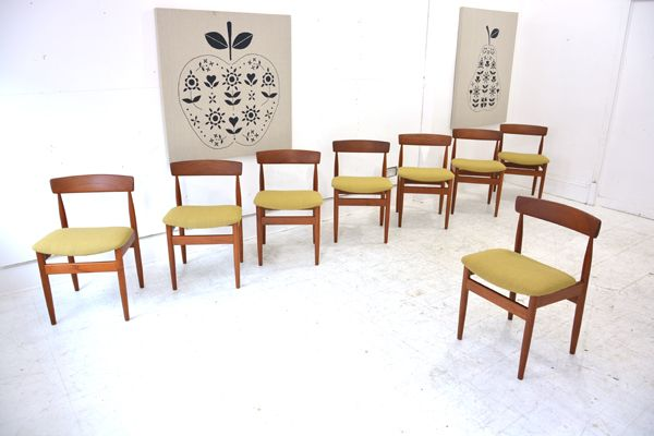 Wonderful set of 8 FARSØ teak dining chairs £2400