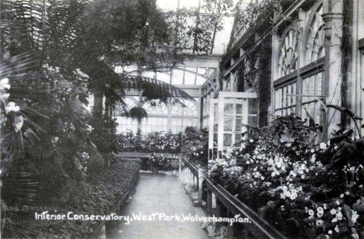 Staffordshire, Wolverhampton, West Park Conservatory Interior 1912.jpg (800×526)