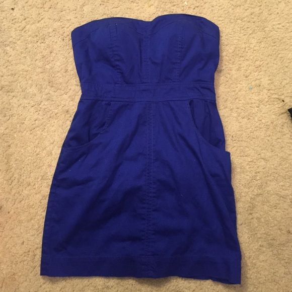 Blue strapless dress with pockets Blue strapless dress with pockets worn a couple times Dresses Strapless