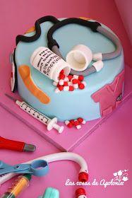 Esta tarta tenía como destinataria una recién licenciada en enfermería, Cristina, su tía, quiso darle una sorpresa, bueno, creo q...