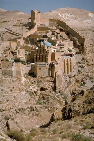 Mar Saba Monasterio Ortodoxo Griego. Valle de Kidron, Israel