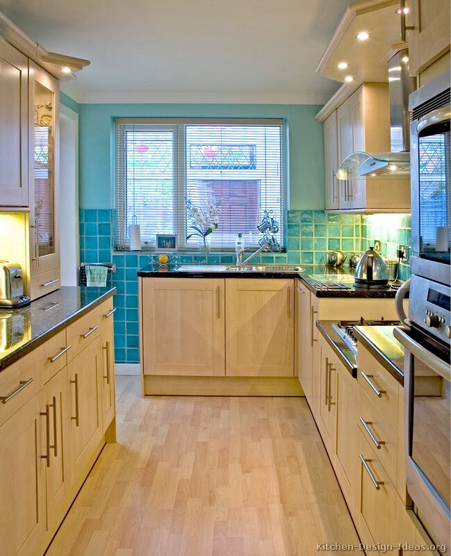 kitchen idea of the day modern light wood kitchen galley kitchen remodelsmall - Kitchen Design Ideas With Oak Cabinets