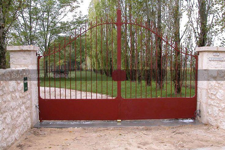 les 25 meilleures id es de la cat gorie portail en fer forg sur pinterest design grille en. Black Bedroom Furniture Sets. Home Design Ideas