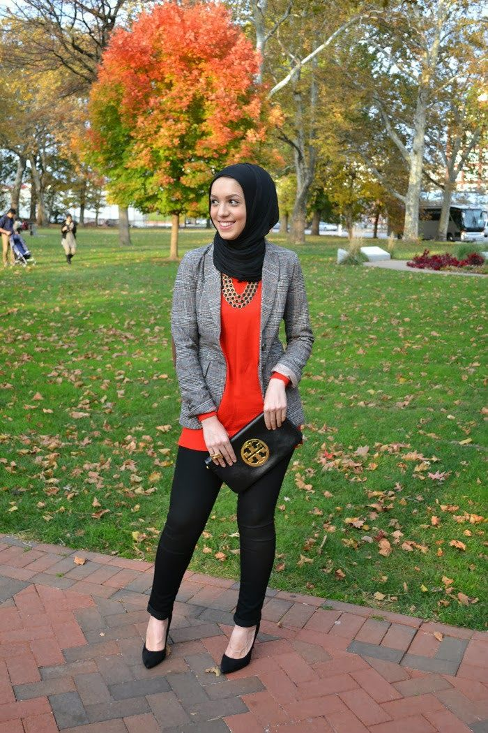 hijabi fashion, gold heels, fall fashion, fall looks, modest fashion, hijab, hani hulu, blazer