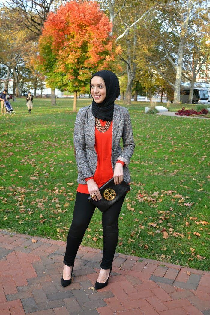 hijabi fashion, gold heels, fall fashion, fall looks, modest fashion, hijab, hani hulu, blazer