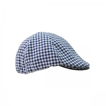 Cap with leather finishing
