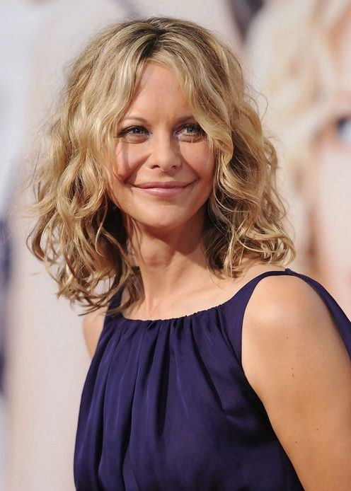 Feminine Soft Wavy Curly Long Bob Hairstyle - Meg Ryan Hairstyles - Hairstyles Weekly