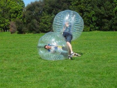 Bubble Football eignet sich hervorragend für Vereinsfeste. Hier können die Vereinsmitglieder in einem Turnier gegeneinander antreten ebenso eignet sich diese Attraktion aber auch für Firmenevents,wie Teambuilding Maßnahmen, Schulfeste oder öffentliche Veranstaltungen usw..