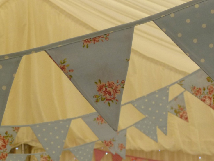Deluxe Country Style Bunting Blue  Deluxe Country Style Bunting in Blue is one of our key luxury handmade bunting ranges, suitable for all occasions.    This bunting is handmade to high standards,  £3.75 per metre.