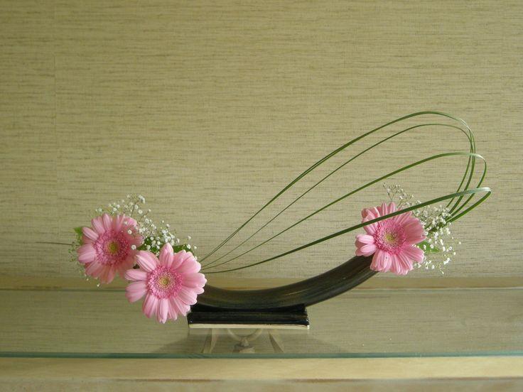 Free style ikebana