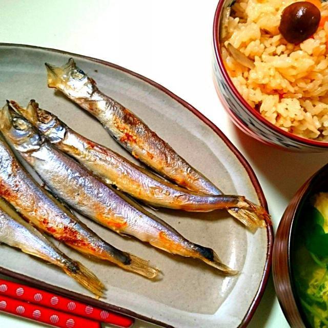 +豆苗と卵のすまし汁(*^^*) - 9件のもぐもぐ - ししゃもと炊き込みご飯 by meguri29