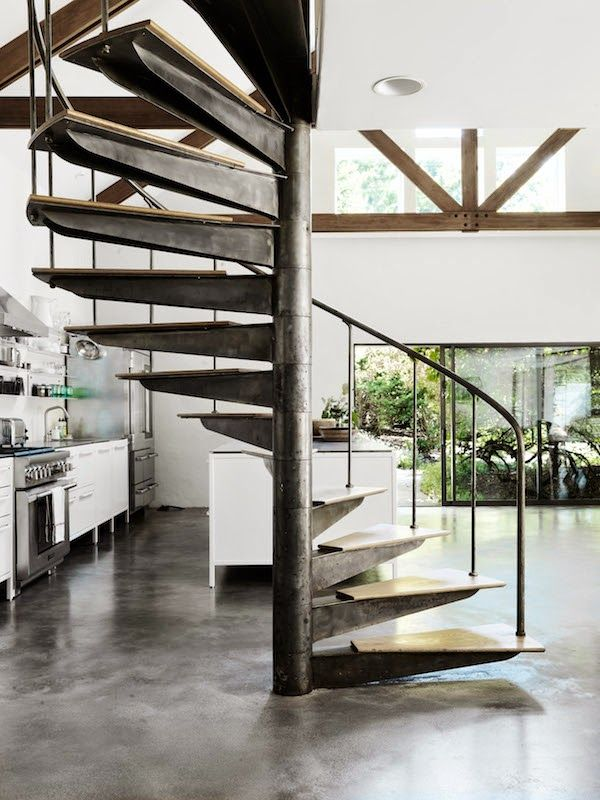 A wonderful summer home in the Hamptons | VIPP modules in white