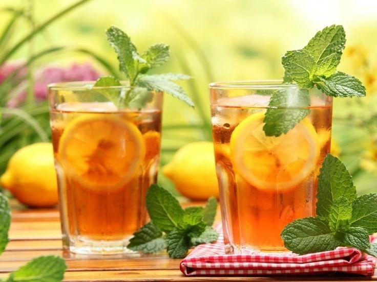 dos-vasos-con-te-helado-con-limon-y-menta_9467-1024x768_mini