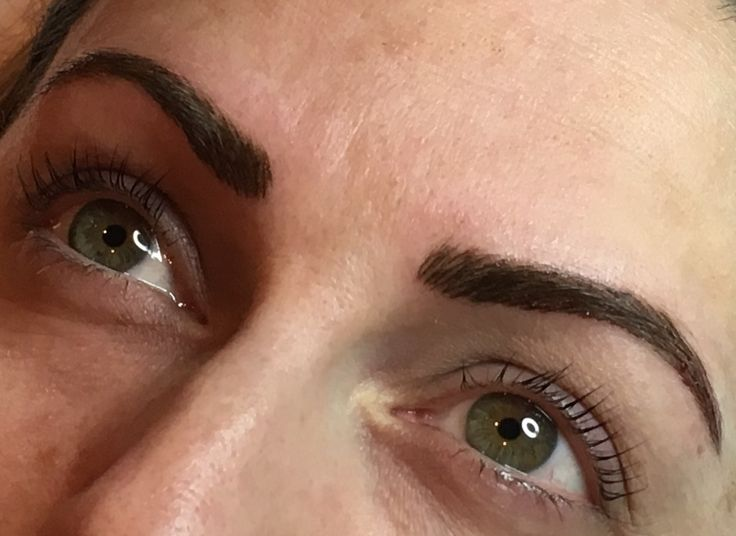 Hairstroke brows this time with a machine and needle 💕