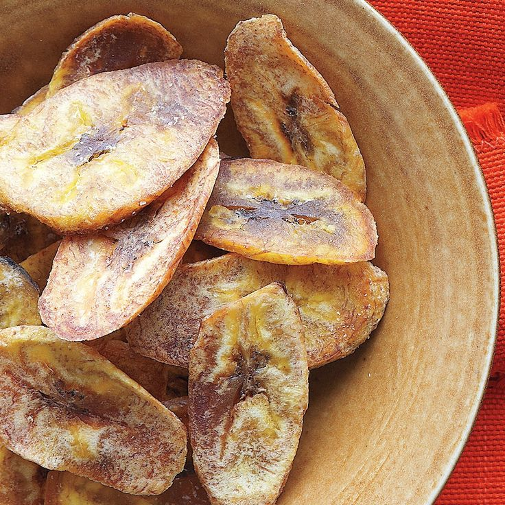 These plantain chips make a great snack or appetizer for a Cuban-themed meal. If you are unable to find green (unripe) plantains, use very green bananas instead.