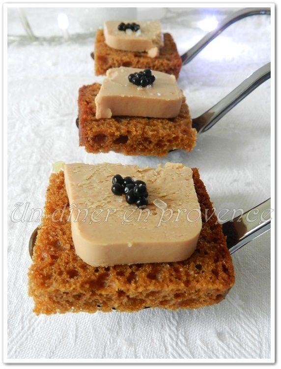 Toast de foie gras et perles de truffes