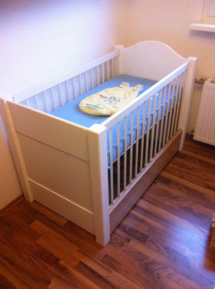25+ parasta ideaa Pinterestissä: Babybett selber bauen