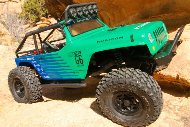 Nice! Axial's SCX10 Jeep Wranger G6 is now available in Falken Tires colors (with Falken rubber on its Walker Evans wheels, of course).