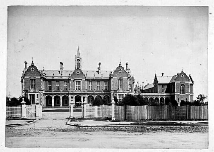 Alfred Hospital,Melbourne, Victoria in 1881. State Library of Victoria.