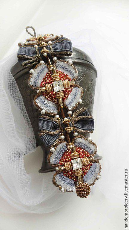 Купить Браслет 050915 - разноцветный, красный, белый, голубой, античная бронза, золотой, браслет
