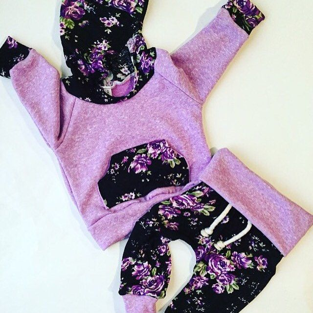 Newborn gift / baby girl outfit / floral baby outfit