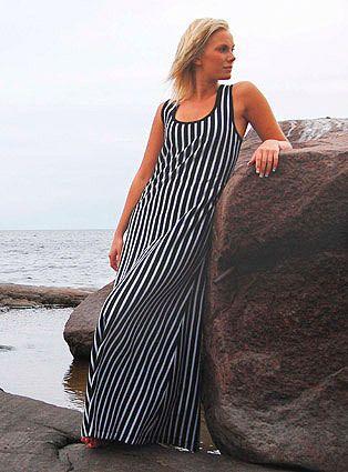 Angelica hihaton täyspitkä mekko/yöpaita, musta/hiekka
