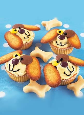 Cupcakes for Dylan's Dog-themed birthday party.