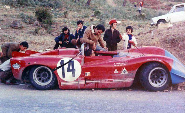 14 Alfa Romeo 33-3  Masten Gregory - Toine Hezemans (22).jpg