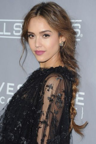 Best celebrity beauty looks and how to achieve them: Jessica Alba